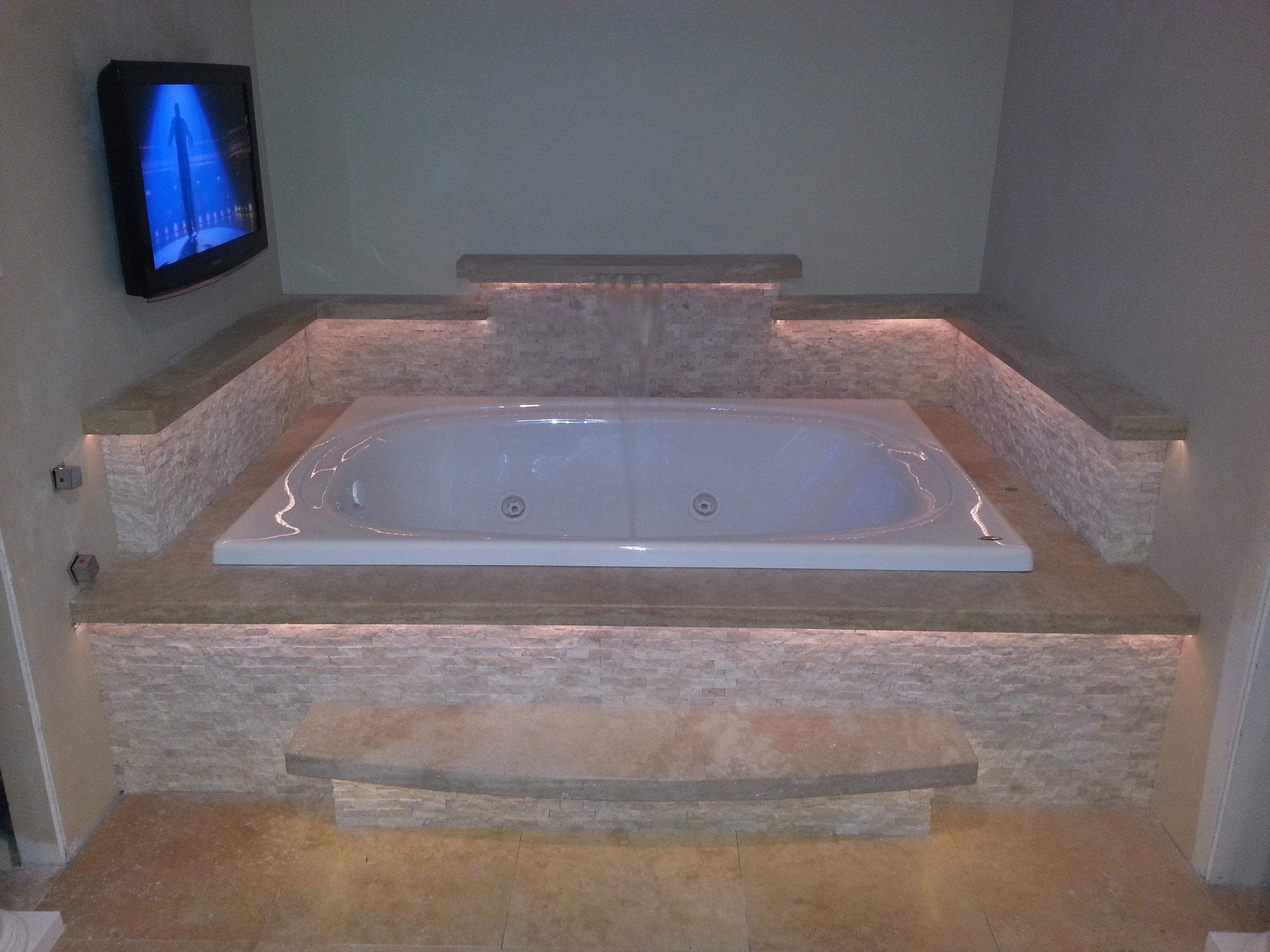Interior Tile - Jacuzzi Tub - Gothic Stone