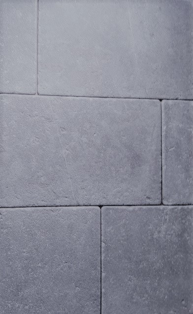 Carbon Gray Limestone Pavers